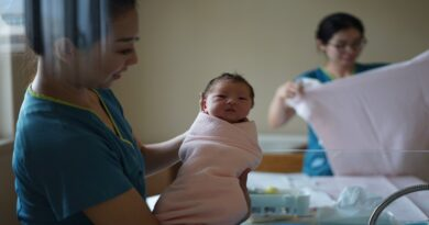 What It Means to Become a Midwife